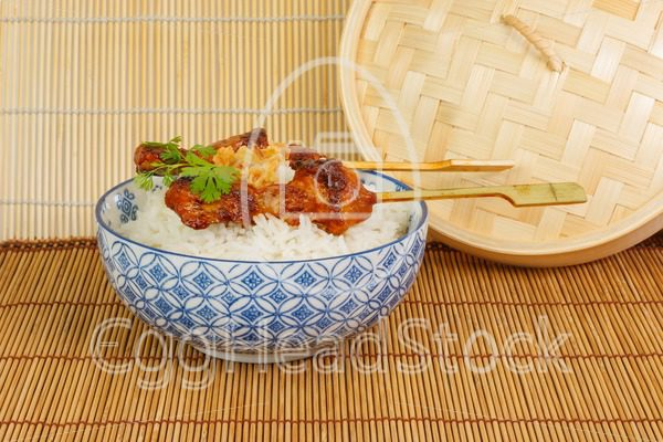 Barbecued pork satay with rice and fried onions - EggHeadStock