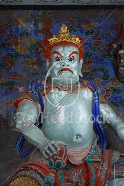 Guard at the entrance of Chinese temple - EggHeadStock