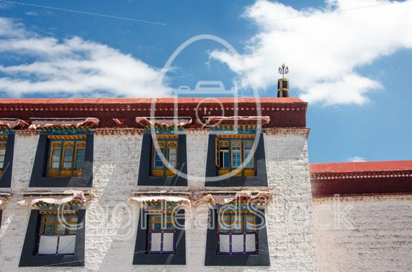 Typical Tibetan architecture in Lhasa, Tibet - EggHeadStock