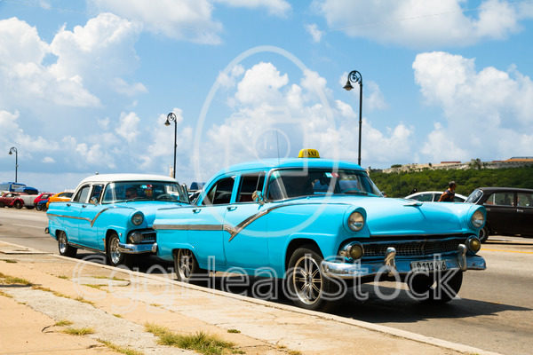 Ford Fairlane Crown Victoria used as taxi in Cuba - EggHeadStock
