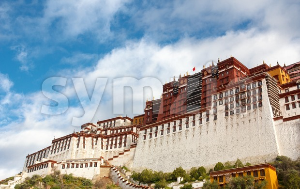 The Potala palace in the morning sun Stock Photo